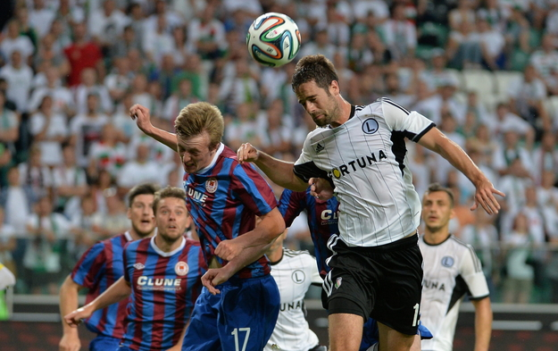 "Legia w walce o ""piłkarski raj"".."