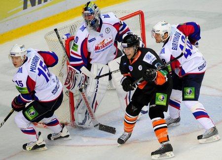 KHL: Lisy znowu oszukają Niedźwiedzie?
