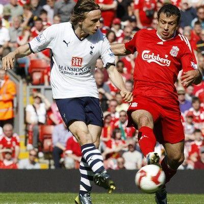 Premier League: Liverpool z Tottenhamem o Ligę Europejską.