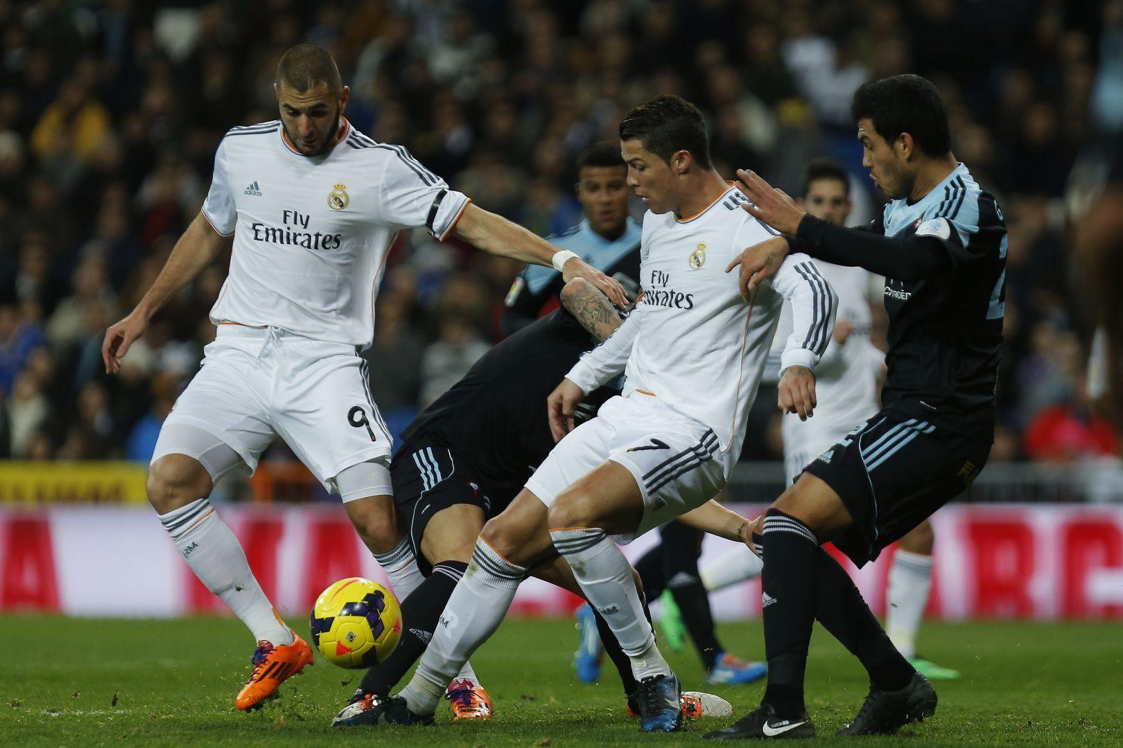 Królewscy gonią Barcelonę.