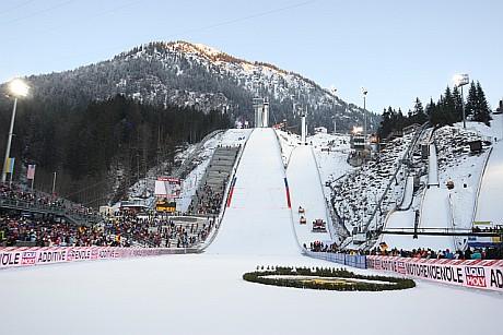 Skoki narciarskie: początek Turnieju Czterech Skoczni w Oberstdorfie