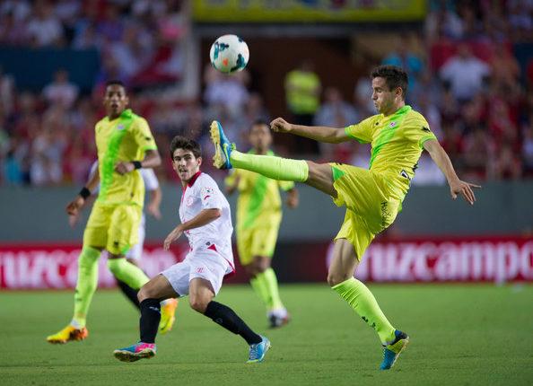 Sevilla goni czołówkę.