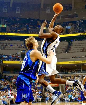 NBA: Clippers dobiją rannego Grizzly?